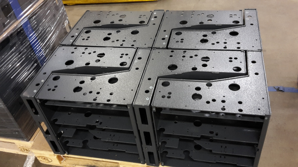 VF 12 switch frames. Laser-cut, robot-welded and powder-coated